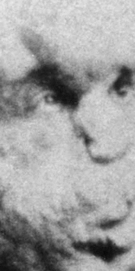 joseph-merrick-carte-de-visite-1889-600x600jpg.jpg